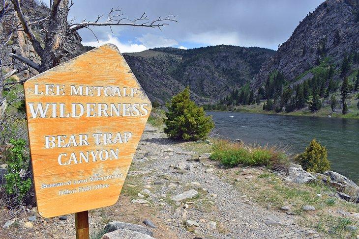 Signo de Lee Metcalf Wilderness