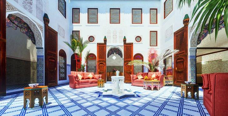 Patio interior en un riad de Marrakech