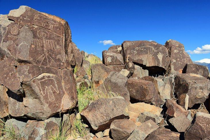 Sitio de petroglifos de tres ríos